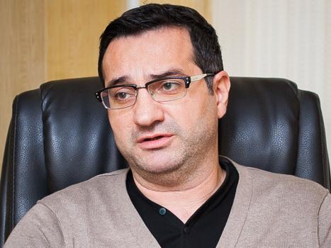 Известный азербайджанский психиатр ушел с должности главврача Наркологического центра