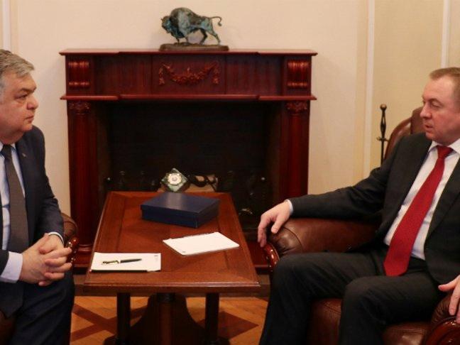 Глава МИД Беларуси встретился с азербайджанским дипломатом