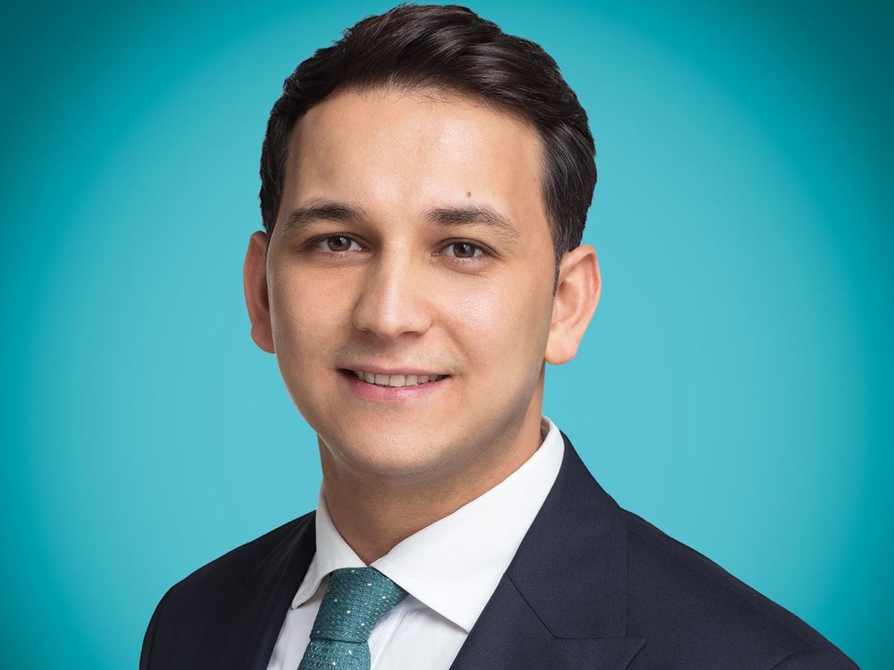 Заур Дарабзаде зарегистрирован кандидатом в депутаты на внеочередных выборах