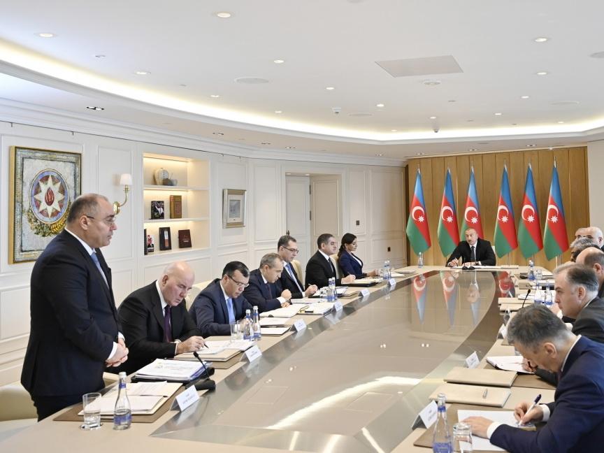 Ильхам Алиев - Сафару Мехтиеву: «Жалуются на грубость и неуважение» - ВИДЕО