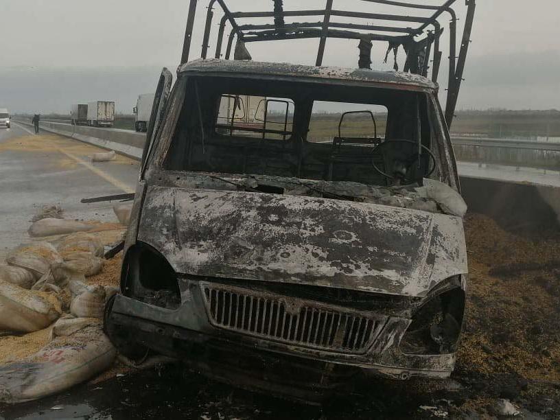 В Лянкяране в результате ДТП один человек сгорел заживо - ФОТО