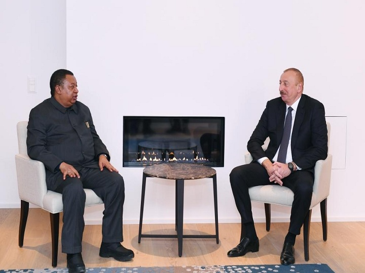 Davosda Prezident İlham Əliyev ilə OPEC-in baş katibi Məhəmməd Barkindonun görüşü olub  FOTO