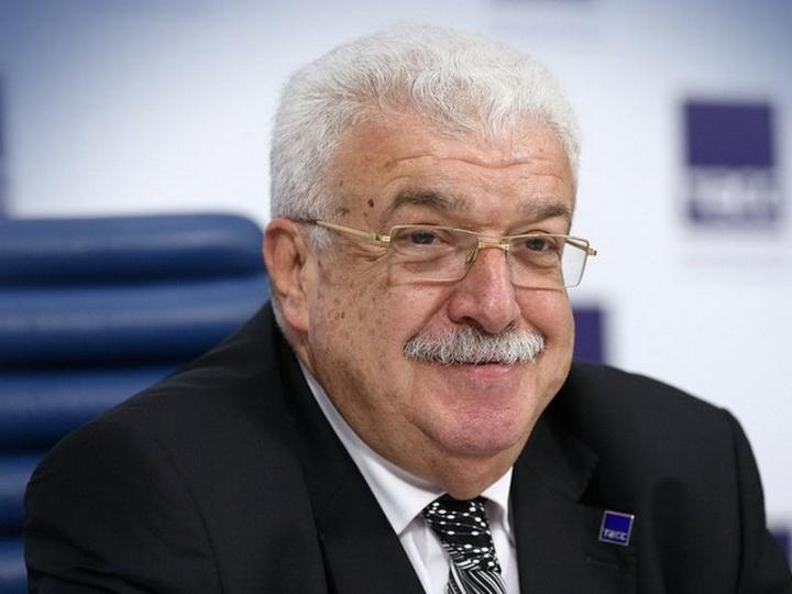 Михаил Гусман награжден орденом «Шараф»