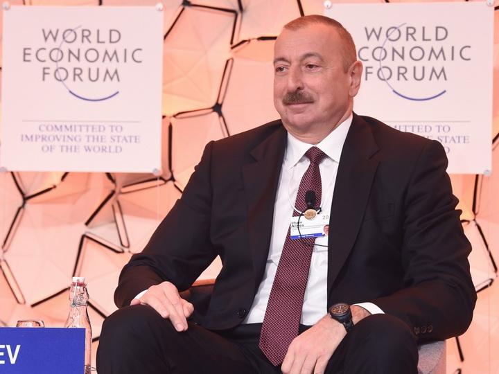 Ильхама Алиева спросили, куда он позвонит в первую очередь? Ответ удивил модератора - ВИДЕО