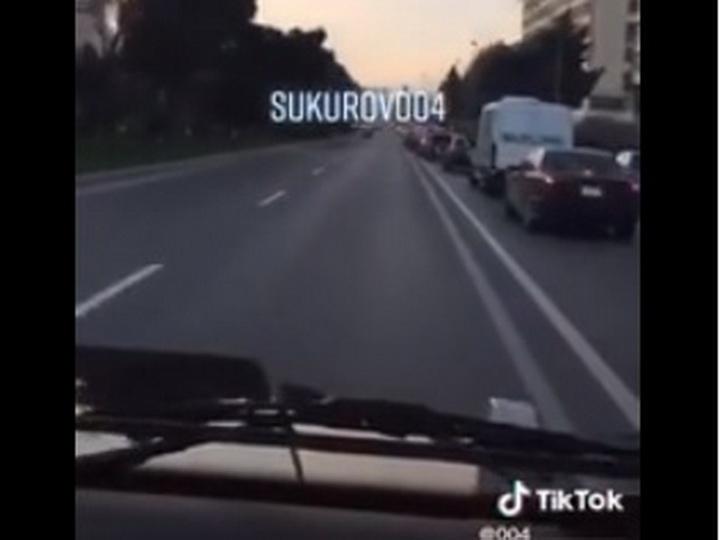 В Баку водитель Mercedes Gelandewagen демонстративно ехал по «встречке» - ВИДЕО