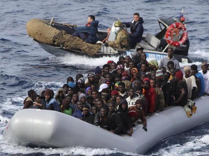 У берегов Ливии спасли почти 59 мигрантов