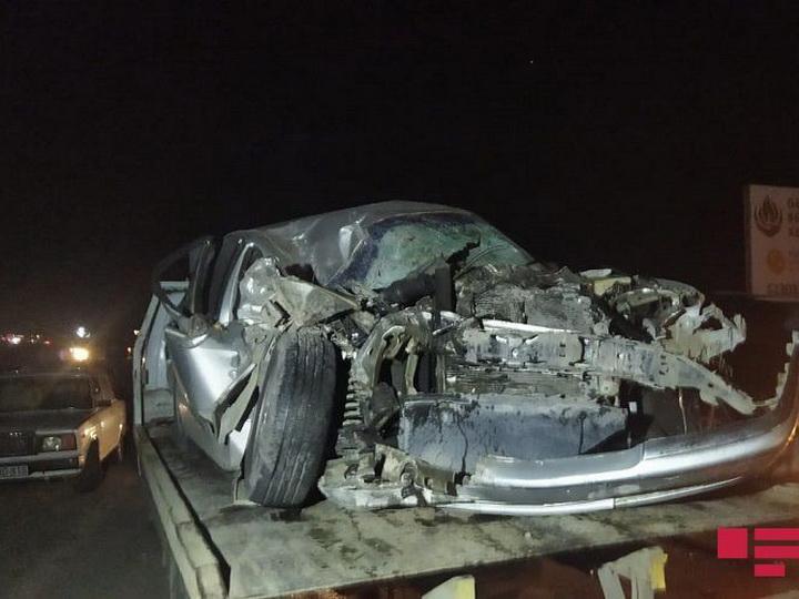 В Гёйгёле столкнулись грузовик и легковой автомобиль, ранены двое - ФОТО