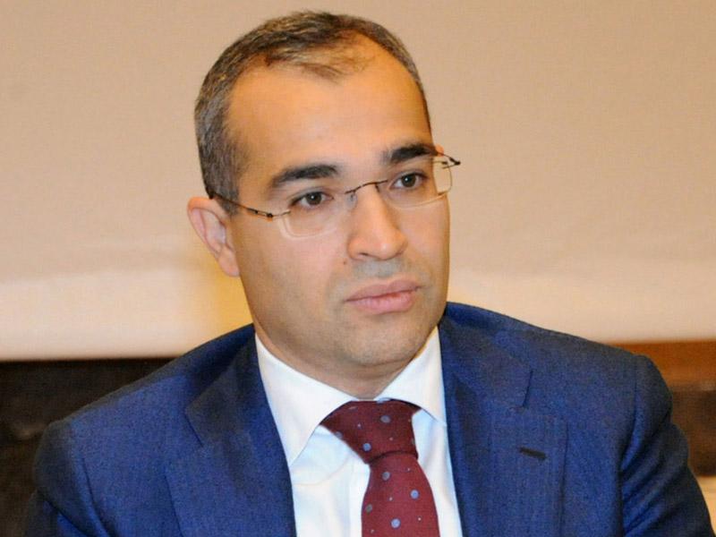 Mikayıl Cabbarov: Azərbaycan Davos İqtisadi Forumunun Regional mərkəzinin yaradılacağı nadir ölkələrdəndir