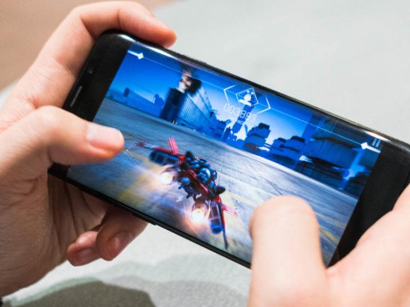 Dünyanın 10 ən güclü Android smartfonu açıqlandı