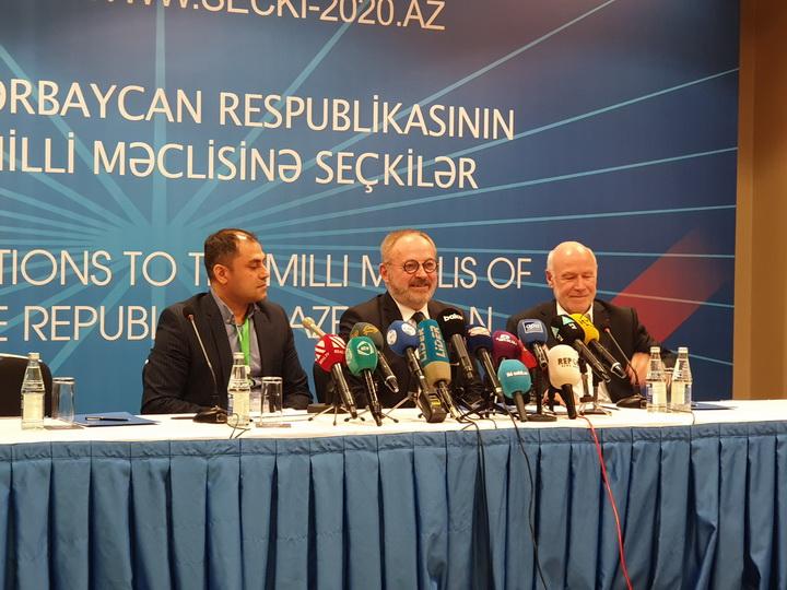 Французские наблюдатели - об инновациях на парламентских выборах в Азербайджане