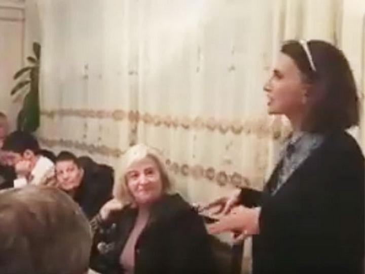 Скандальное видео Жали Алиевой: Те, кто на этих выборах бросал кому-то папку в голову… - ВИДЕО