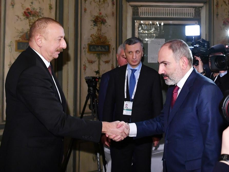В Мюнхене прошла встреча Президента Азербайджана Ильхама Алиева и премьер-министра Армении Никола Пашиняна - ФОТО