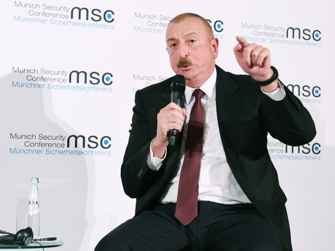 В рамках Мюнхенской конференции по безопасности проводятся панельные обсуждения по армяно-азербайджанскому нагорно-карабахскому конфликту - ФОТО