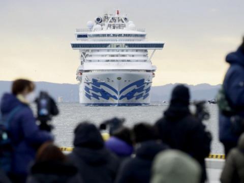 Началась эвакуация пассажиров с карантинного лайнера Diamond Princess