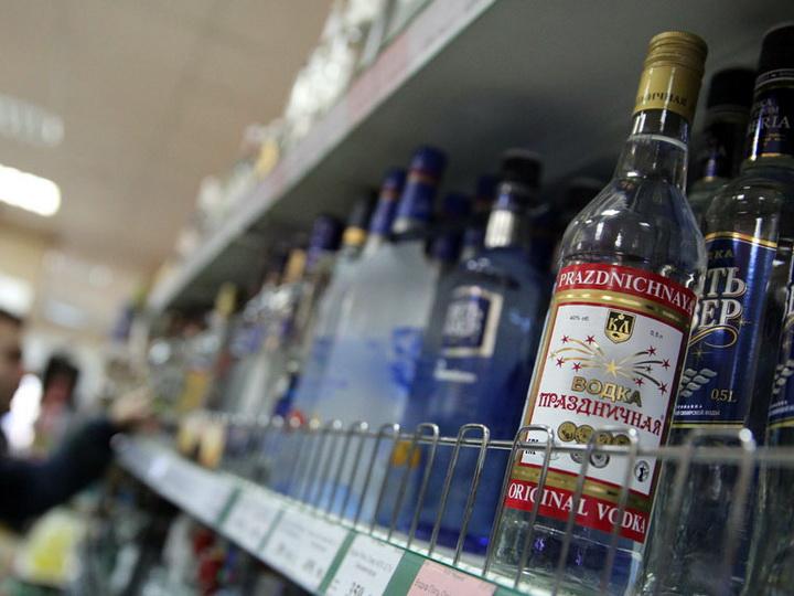 В Азербайджане повышены акцизы на импортный алкоголь