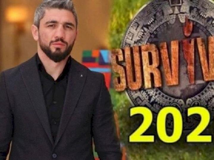"""Pərviz """"Survivor""""da komandasını təkbaşına qalib etdi – VİDEO"""