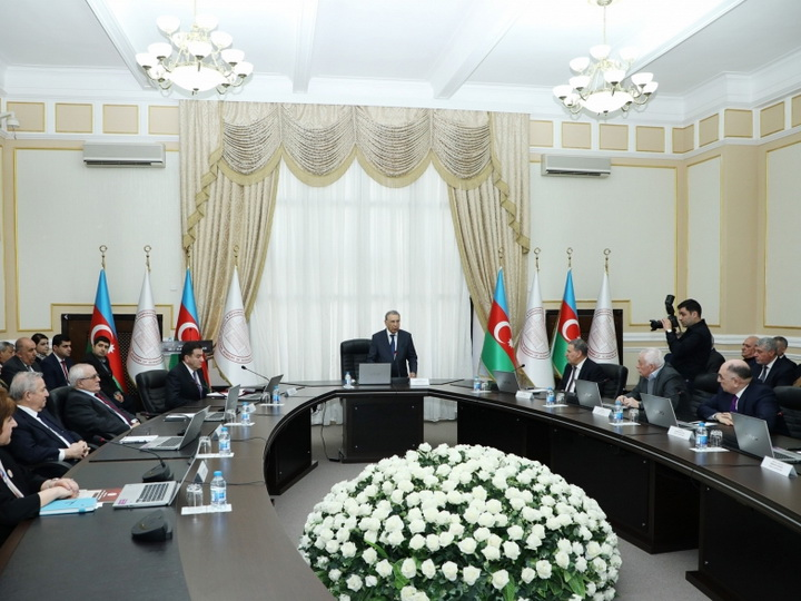 В НАНА состоялась встреча с председателем Высшей аттестационной комиссии при Президенте АР Фамилем Мустафаевым - ФОТО