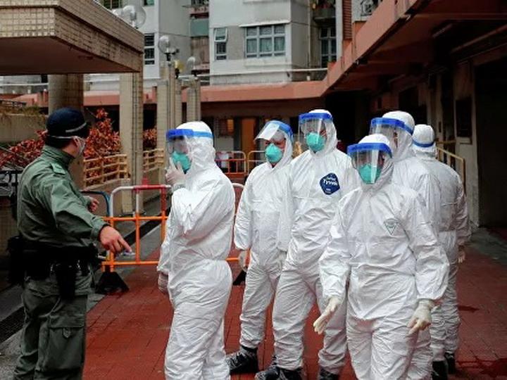 В Китае коронавирус за день унес жизни больше 100 человек