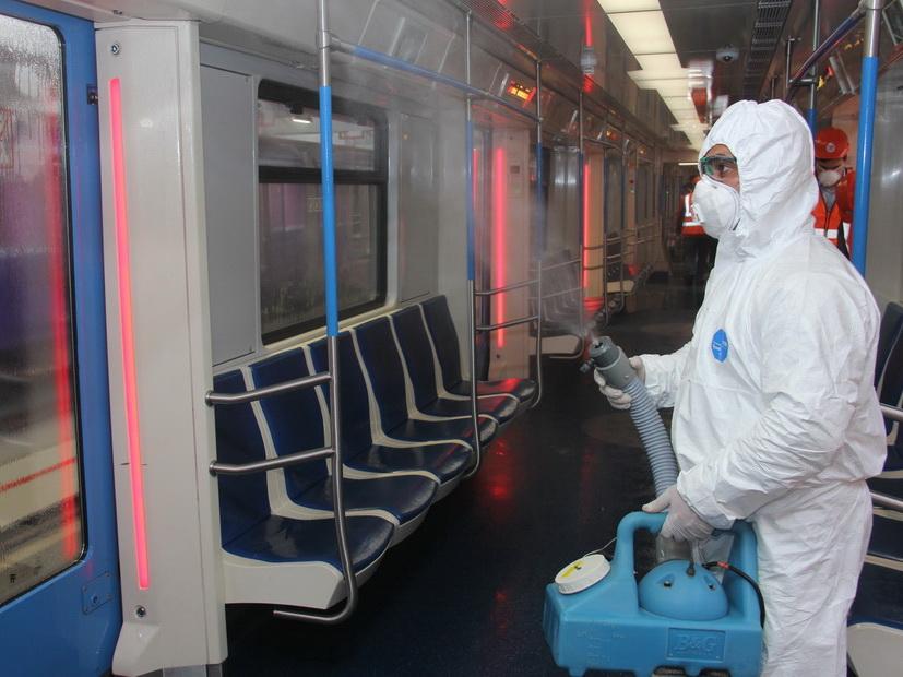 Профилактика коронавируса: В Бакметрополитене дезинфицируют вагоны - ФОТО