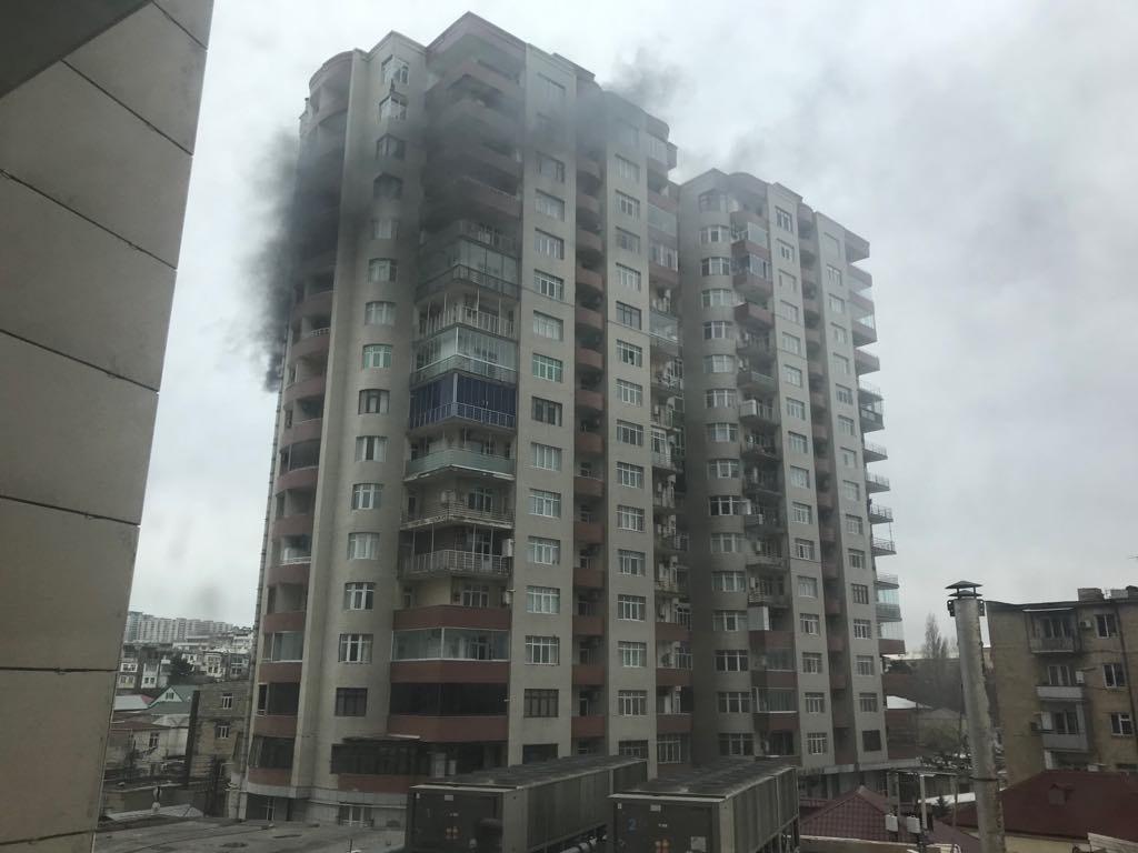 Полностью потушен пожар в бакинской новостройке – ФОТО – ВИДЕО – ОБНОВЛЕНО