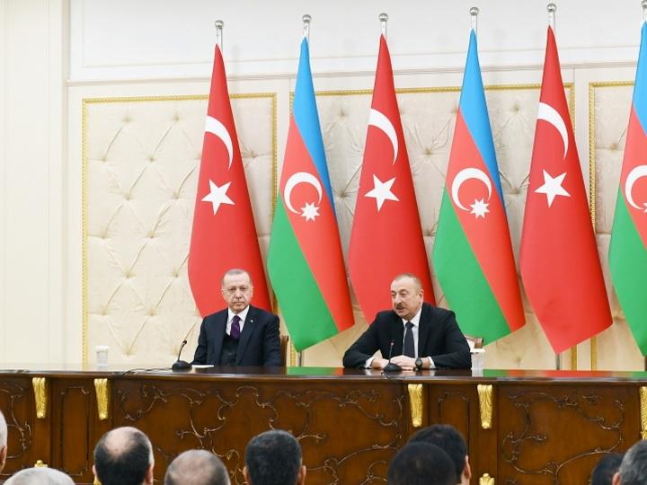 Президенты Азербайджана и Турции выступили с заявлениями для печати - ФОТО