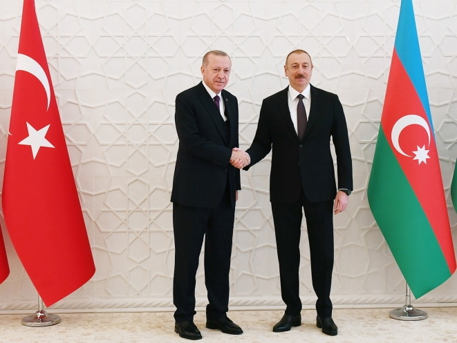 Ильхам Алиев поздравил Реджепа Тайипа Эрдогана с днем рождения