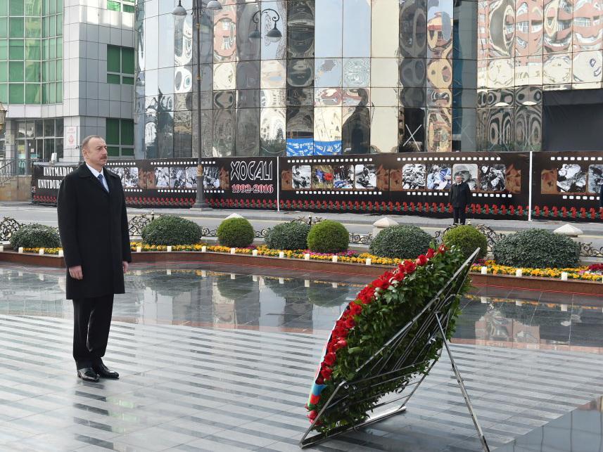 Prezident İlham Əliyev Xocalı abidəsini ziyarət edib – FOTO – YENİLƏNİB