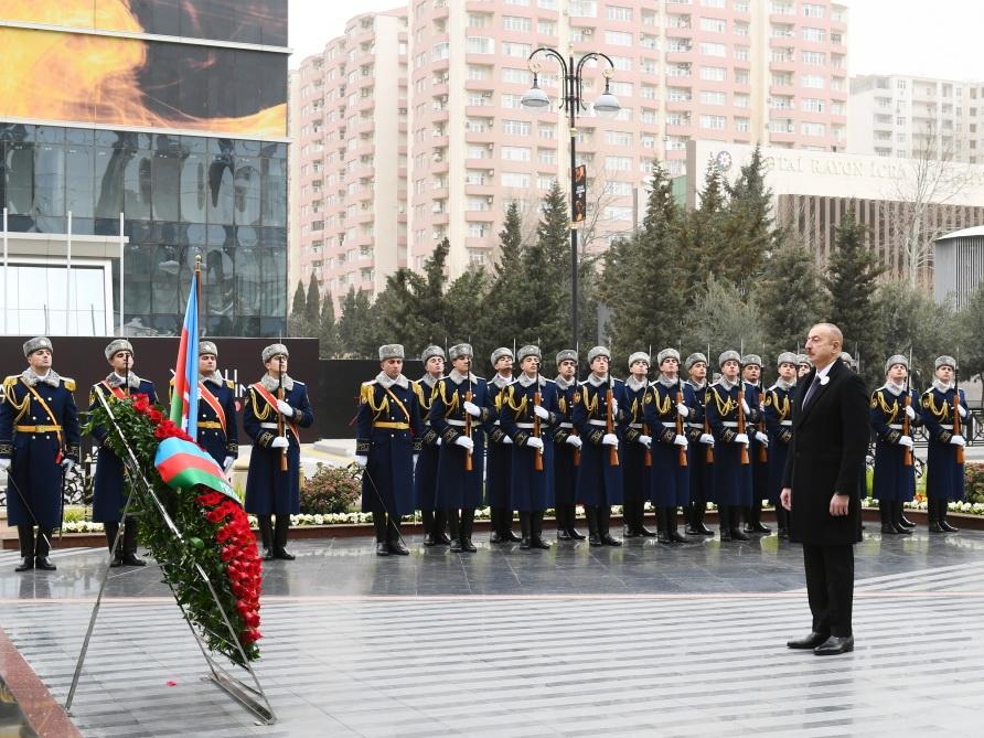 Президент Ильхам Алиев принял участие в церемонии почтения памяти жертв Ходжалинского геноцида - ФОТО - ВИДЕО