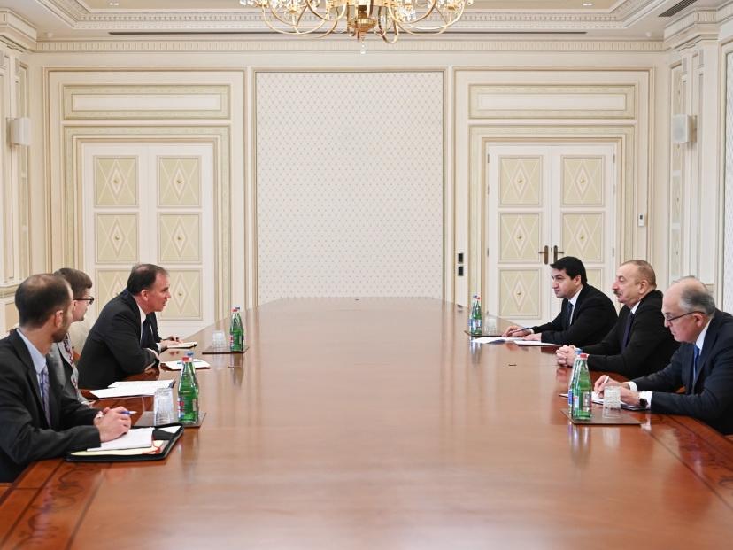 Ильхам Алиев принял советника заместителя госсекретаря США - ФОТО