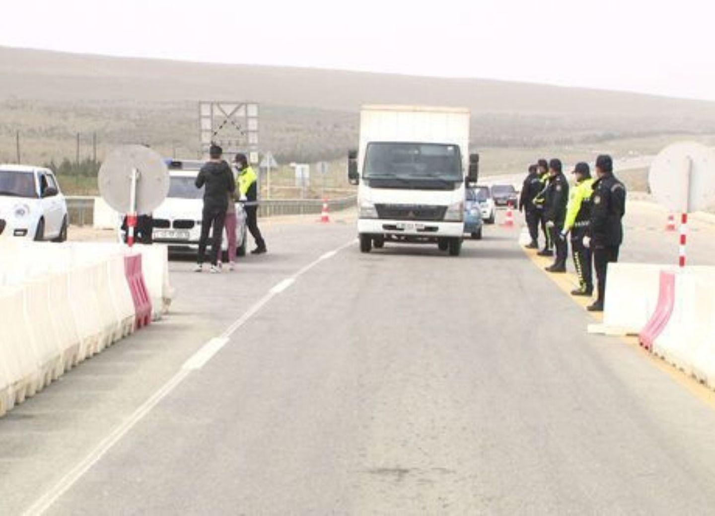 Дорожная полиция: Несмотря на карантин, в Баку стремится огромный поток машин - ФОТО