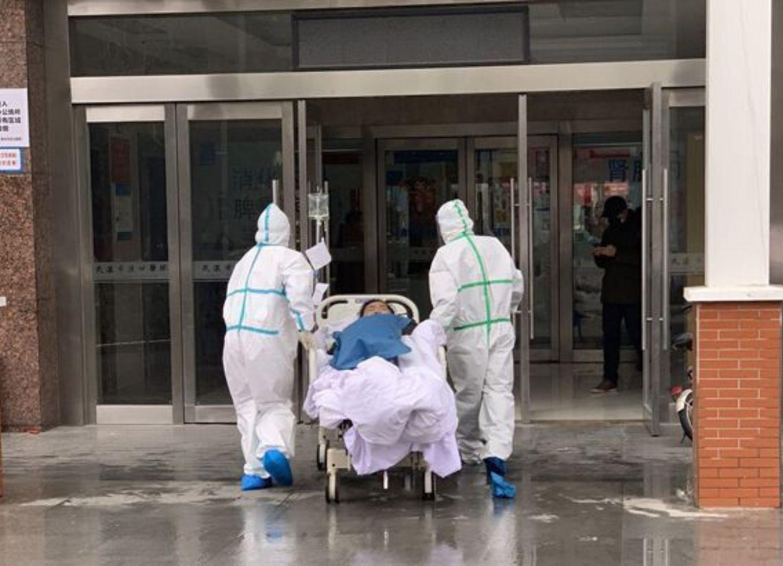 В Италии число жертв коронавируса превысило 8 тысяч