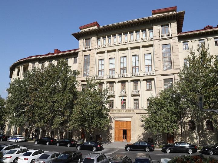 Nazirlər Kabineti: Martın 31-dən vətəndaşların evdə qalmaları tələb olunur