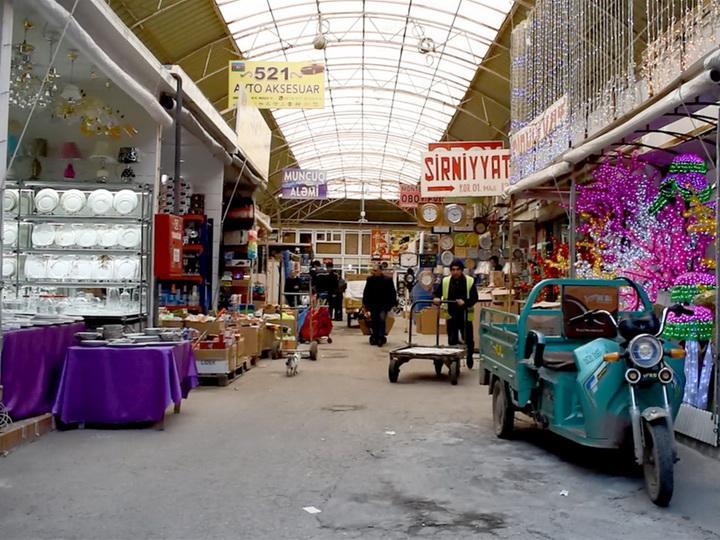 В Азербайджане предпринимателям рекомендуется продавать свои товары онлайн