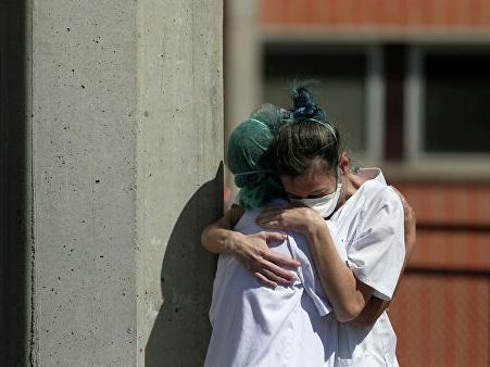 В Италии число жертв коронавируса за сутки выросло на 756 человек