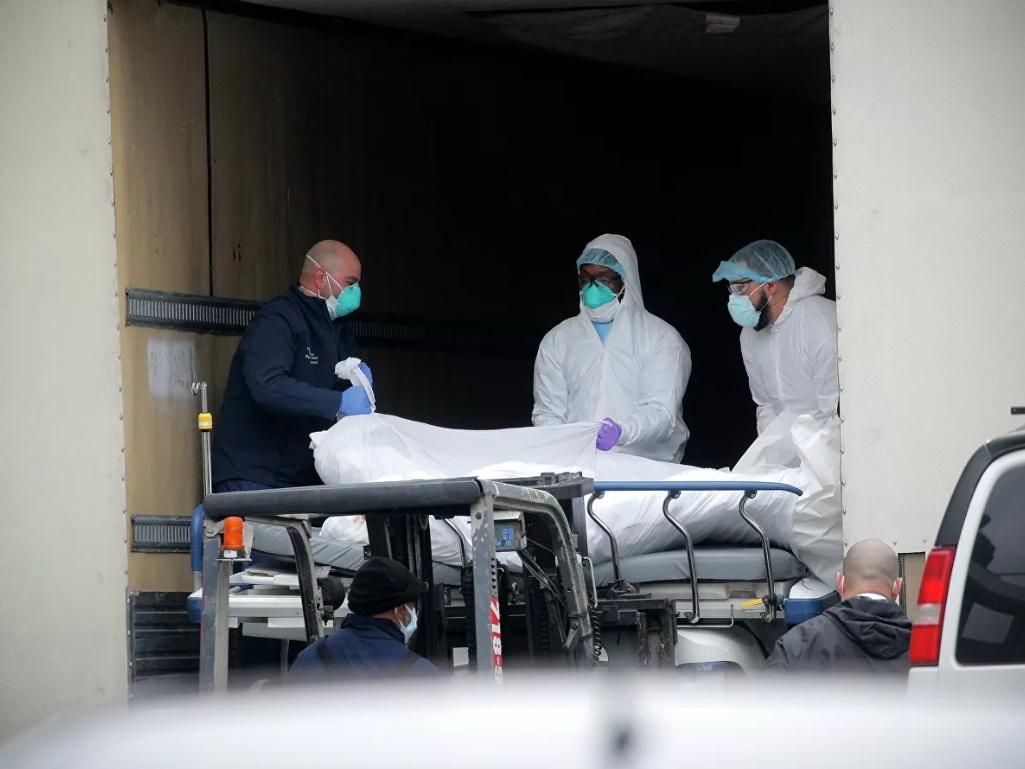 В США умерли более четырех тысяч зараженных коронавирусом