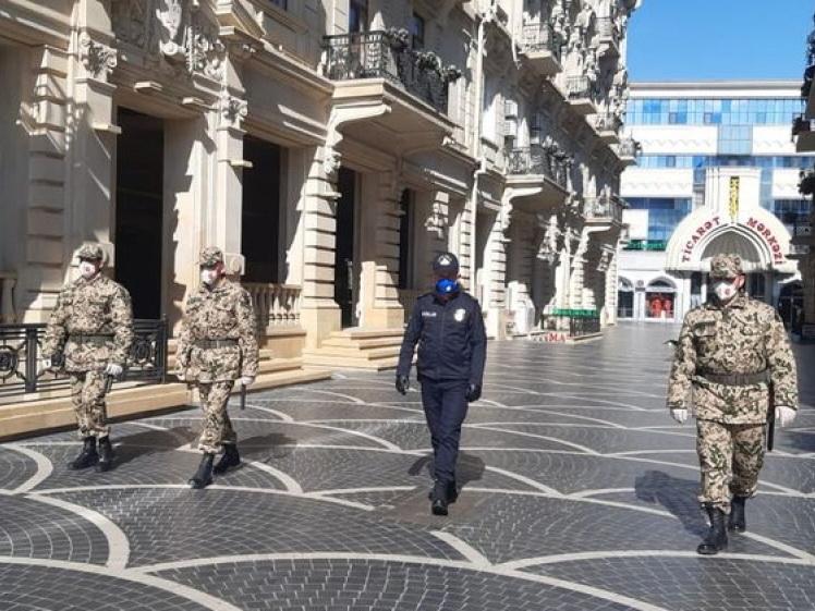 В Баку усиливается режим социальной изоляции из-за коронавируса - ФОТО