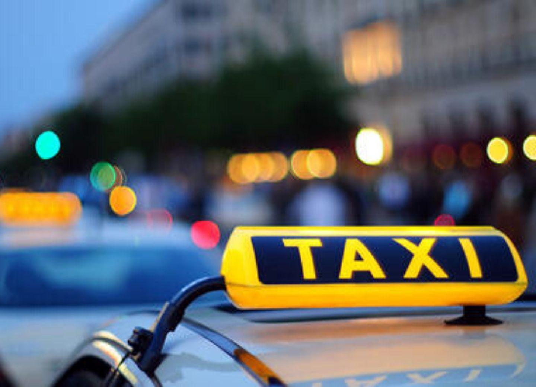 В период карантина в Азербайджане будут приостановлены услуги такси на личных автомобилях