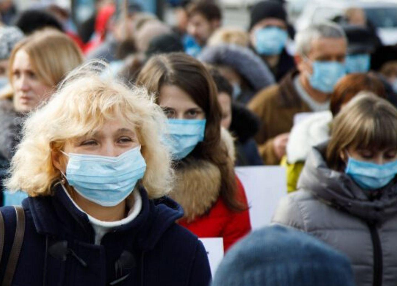 ВОЗ: носить маску здоровому человеку не нужно
