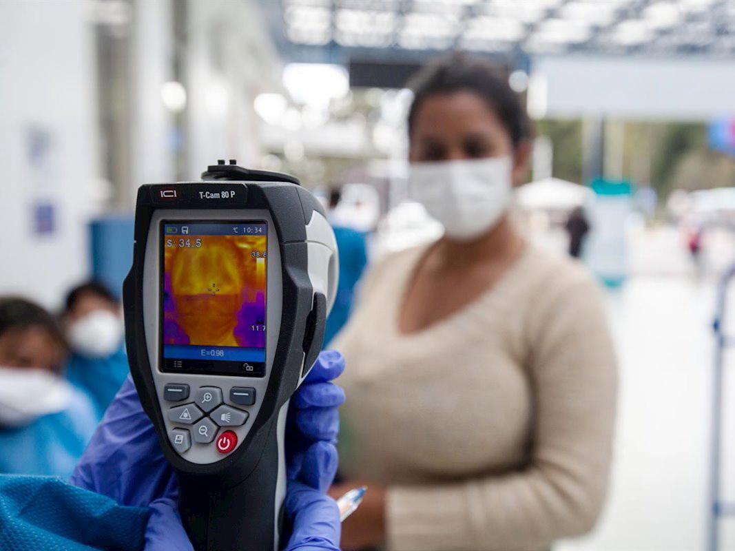 В Китае впервые с января не зафиксировано новых смертей от коронавируса