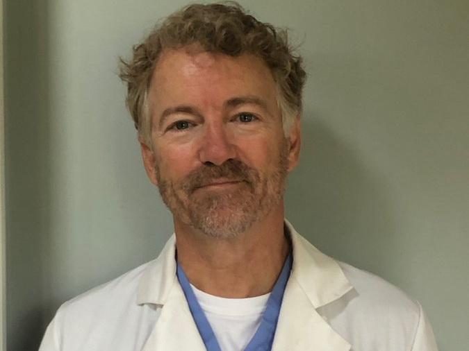 Сенатор США вылечился от коронавируса и стал волонтером в больнице