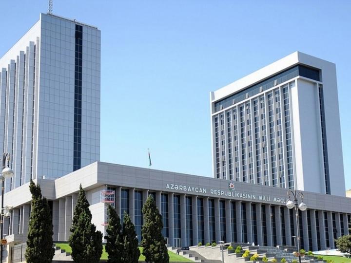 Milli Məclis hökumətin hesabatını qəbul etdi