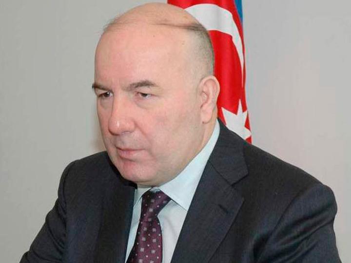 Elman Rüstəmov yenidən Mərkəzi Bankın İdarə Heyətinin üzvü təyin edildi