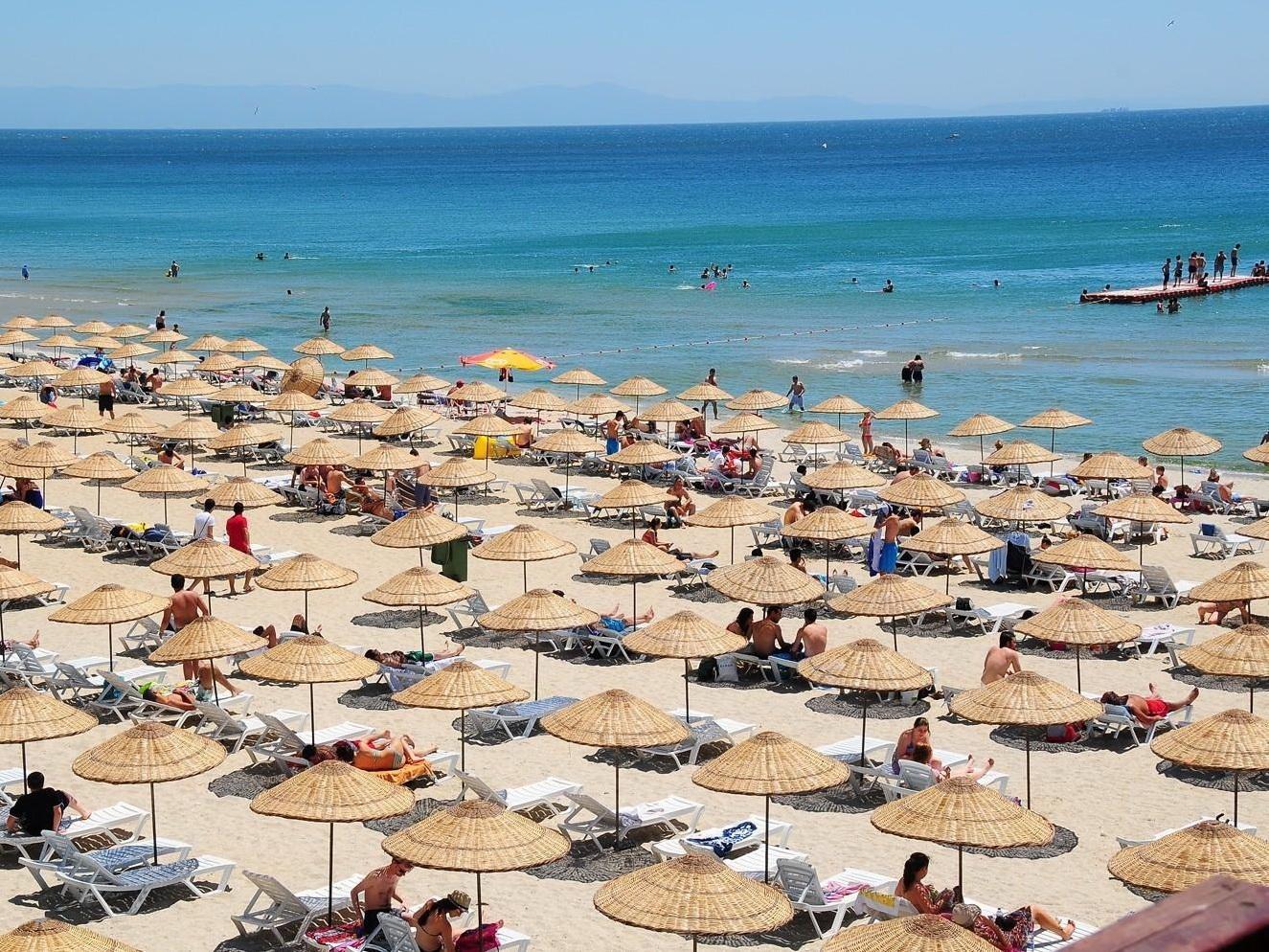 Разрешение на море: нужны ли в Азербайджане новые правила для похода на пляж? - ВИДЕО