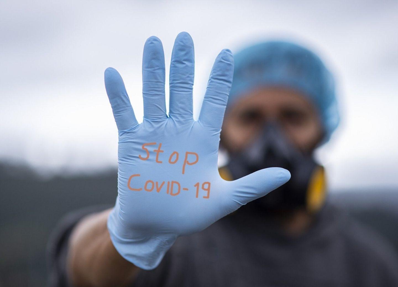 Российскую вакцину от коронавируса неофициально испытали на людях – ВИДЕО