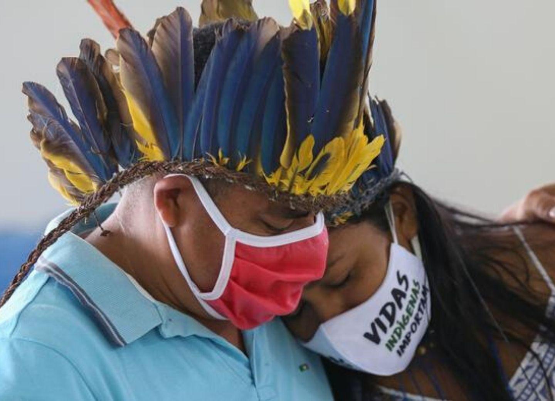 COVID-19 в мире: число умерших в Бразилии превысило 20 тысяч человек – ФОТО