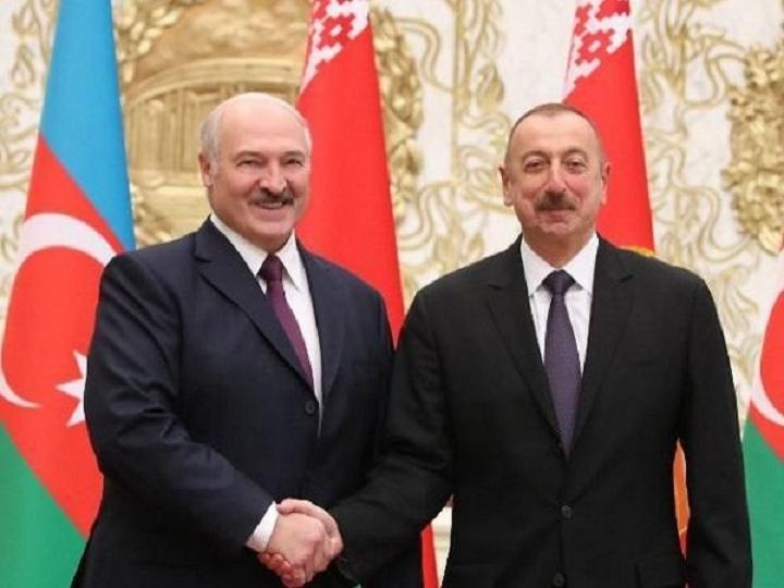 Aleksandr Lukaşenko İlham Əliyevi təbrik edib