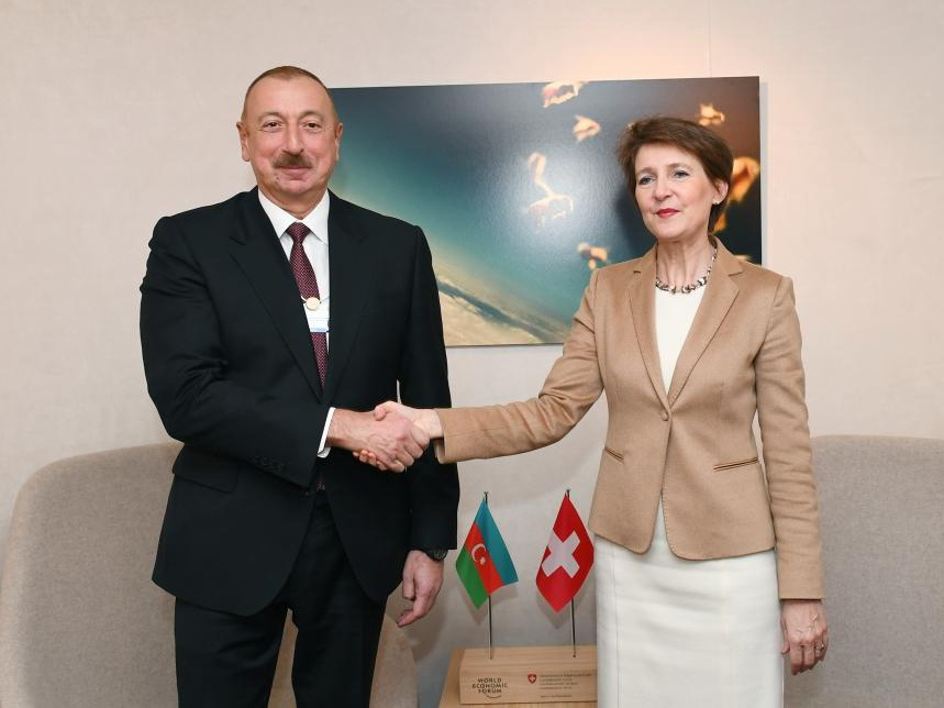 Президент Швейцарии поздравила Президента Ильхама Алиева