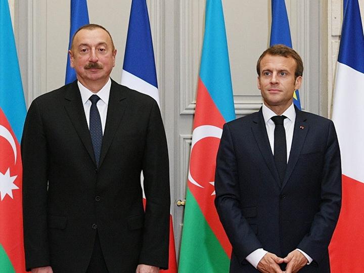 Эмманюэль Макрон поздравил Президента Ильхама Алиева с Днем Республики