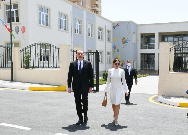 Ильхам Алиев принял участие в открытии жилого комплекса «ГобуПарк-3», возведенного для вынужденных переселенцев - ФОТО