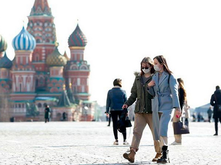 В Москве пересчитали смерти от Covid-19 и продлили масочный режим